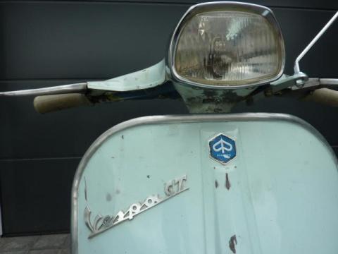 Px Vespa Gt Scheinwerfer Embleme on Vespa Px 125